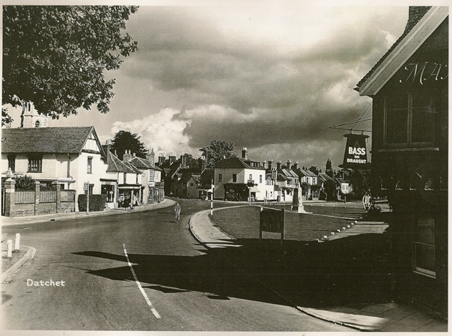 village-to-church-corner-1950s-keene
