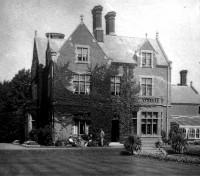 Churchmead House and Churchmead School, Priory Way
